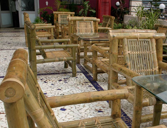 bamboo chairs for gardens