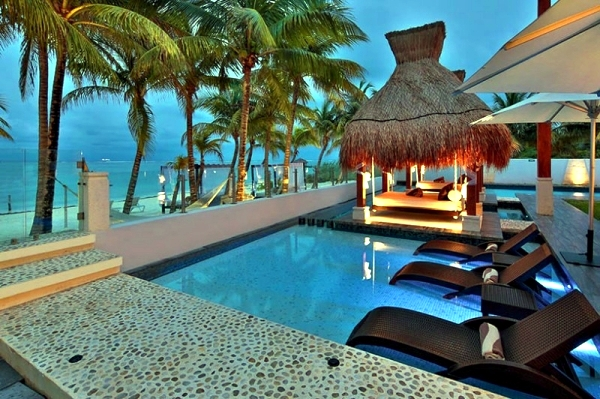 Luxury Villa Esmeralda in Mexico with a fascinating interior design
