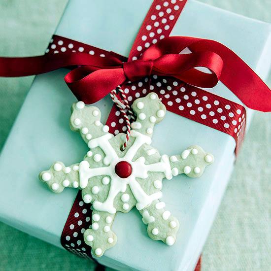 Creative ideas diy salt dough snowflake ornaments - Winter And Christmas Decoration With Snowflakes Diy