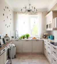 decorated-in-a-country-style-kitchen-0-110