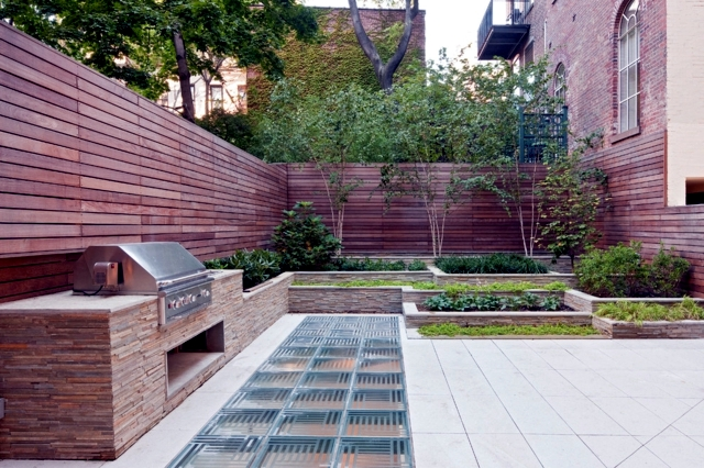 ... Garden Design With Screening Fence In Garden Ideas On How To Preserve  Privacy With Blueberry Plant