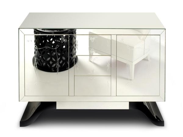 Buffets Boca do Lobo striking design with an opulent design