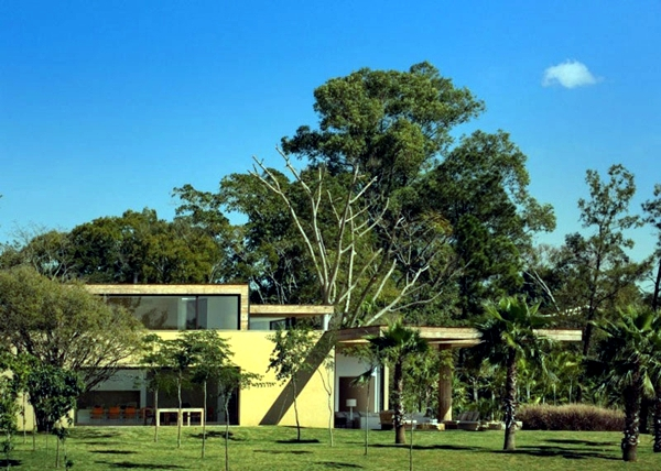 House with pond exotic architecture of Brazil