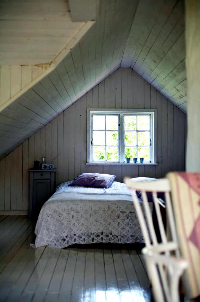 Double Bed In The Attic Interior Design Ideas Ofdesign