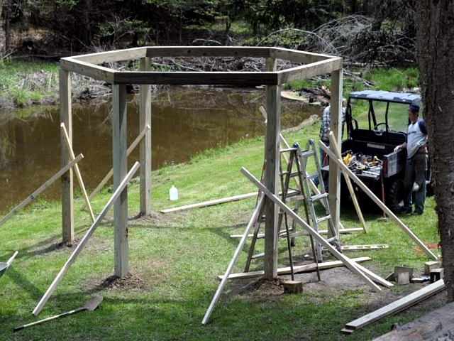 Swinging build it yourself wood - User