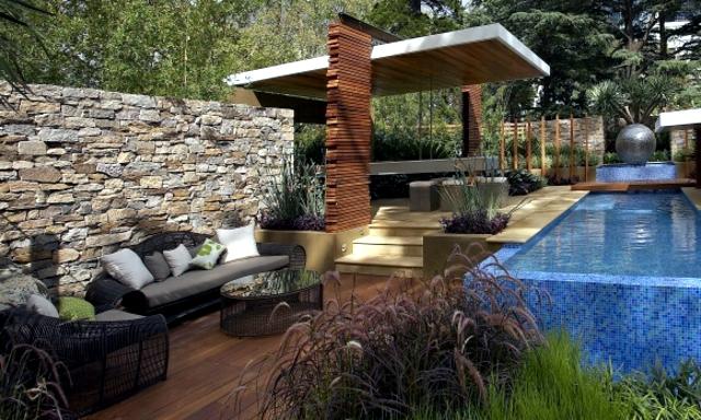 Texture and shape as elements of modern design garden design