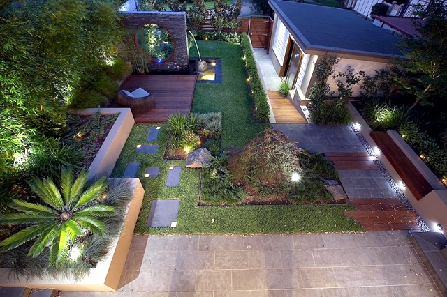 Texture and shape as elements of modern design garden for Garden design elements