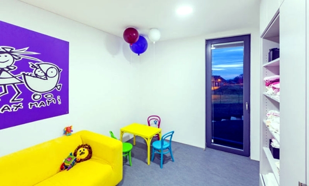 Wall and ceiling Brokis designed as colorful air balloons