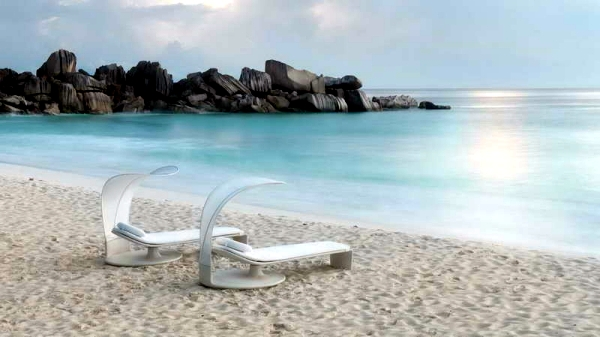 Relax range of furniture with innovative design spread holiday style