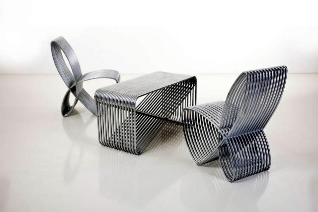 Design table and chair Modravy Dva my group