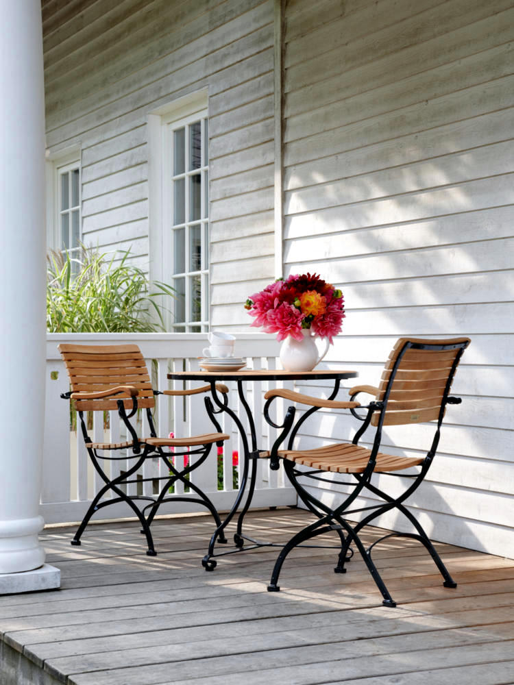 bistro-table-for-the-porch-0-149
