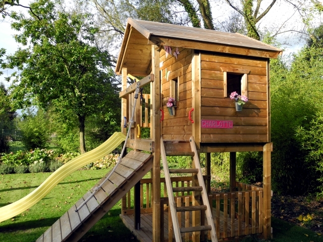 A tree house for children in garden construction useful for House architecture design garden advice