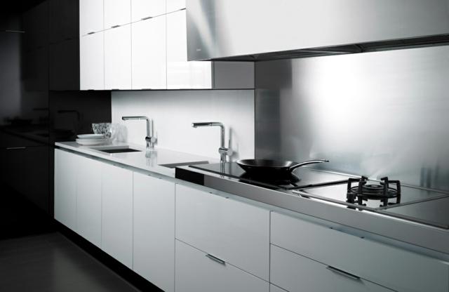 The ultra modern timber kitchen - minimalistic elegance Mobalco