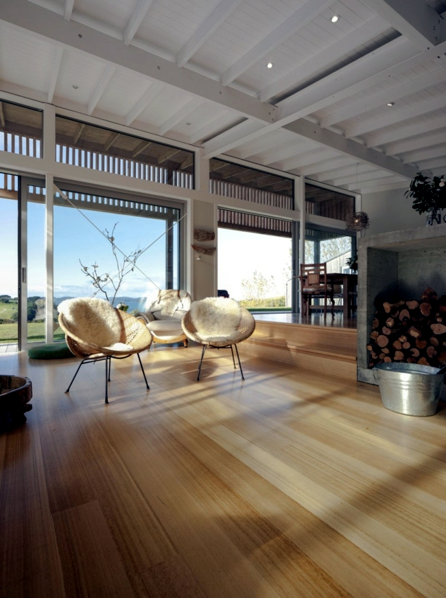 Modern wooden house - new building blends in harmoniously with the environment