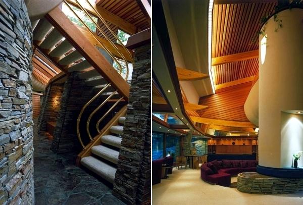 Modern Residence in Japan by Robert Harvey Oshatz Miyasaka