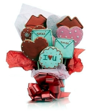 gifts-for-valentine39s-day-sweeten-your-life-with-heart-cookies-0-175