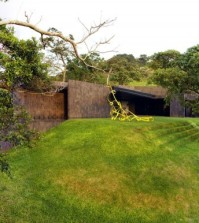 minimalist-house-with-flat-roof-a-haven-in-the-midst-of-nature-0-180