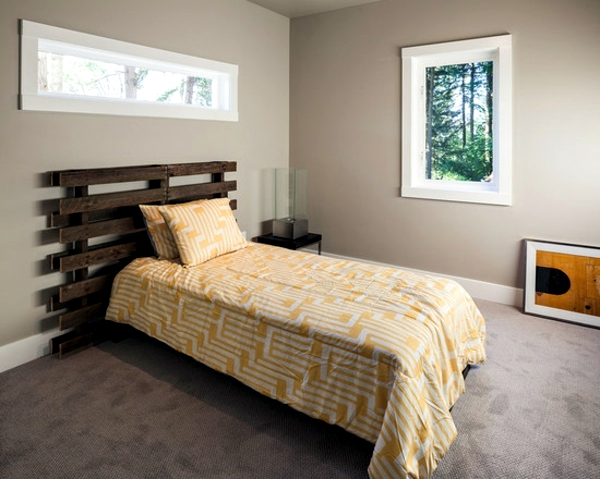 Building own furniture style Euro pallets - 35 ideas to save money