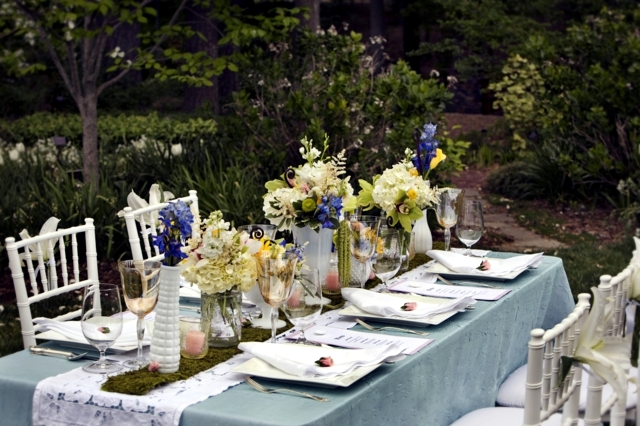 20 ideas for table decoration - Easter mood with spring flowers