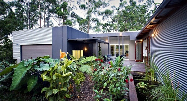 A healthy and sustainable modern house