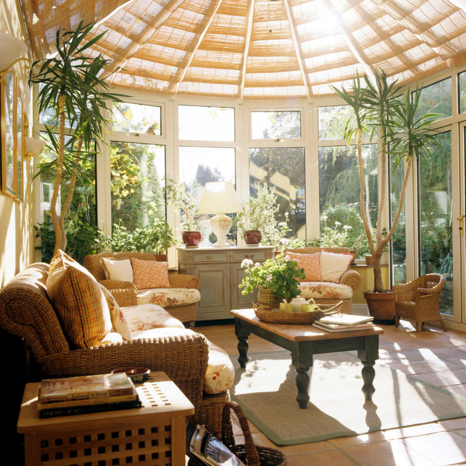 Conservatory with palmem interior design ideas ofdesign for Conservatory interior designs