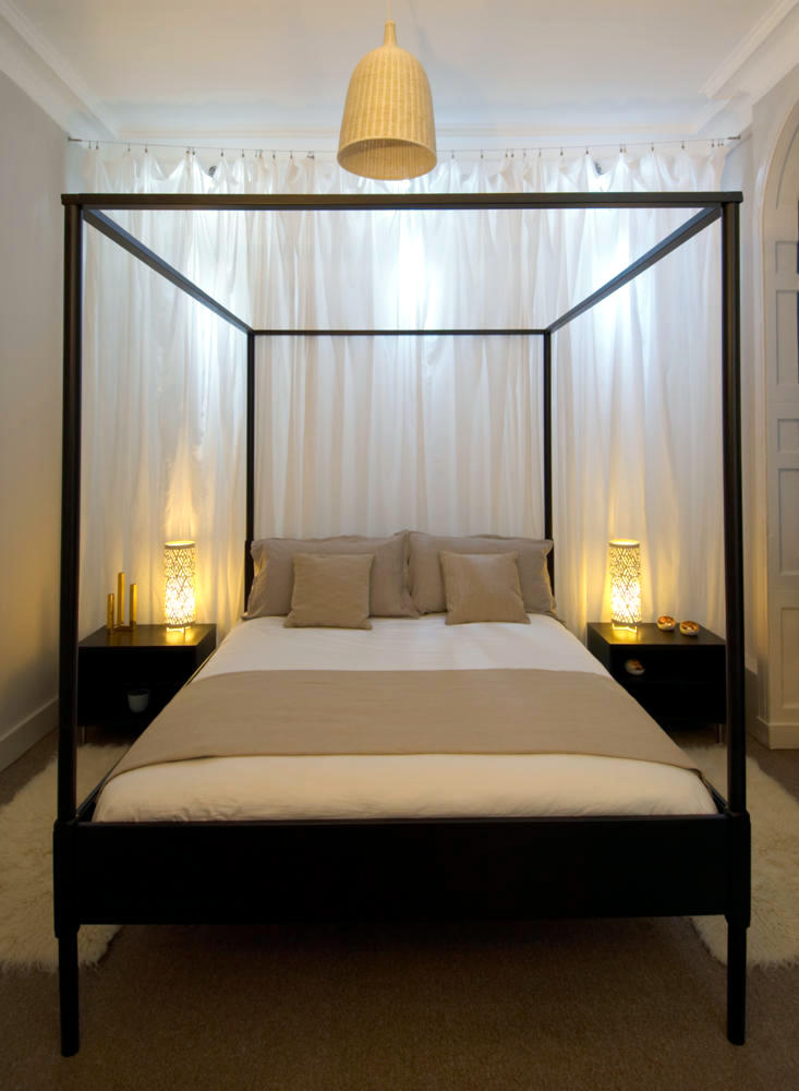 Four Poster Bed Bedroom Design