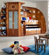 wooden-cabinet-with-maritime-decoration-room-colonial-0-233