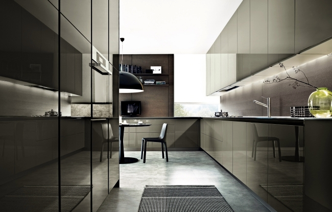 Kitchen design twelve very functional and with the for Poliform kitchen designs