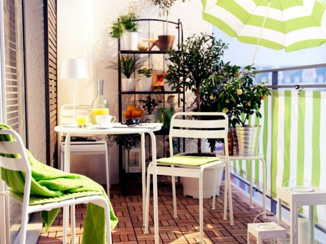 Privacy with balcony voltage 21 new ideas for balcony border interior design ideas ofdesign - Enclosed balcony design ideas oases of serenity ...