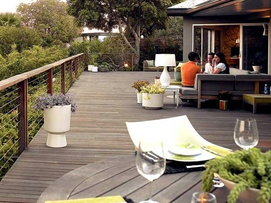 Bangkirai Wood Terrace - 20 great ideas for garden design