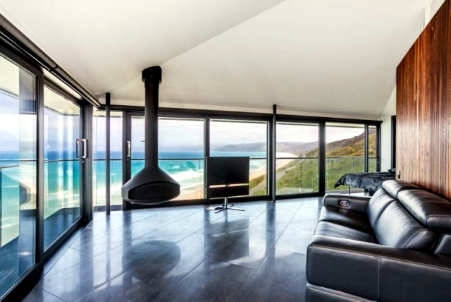 Polo House - a spectacular vacation home on the coast of Australia