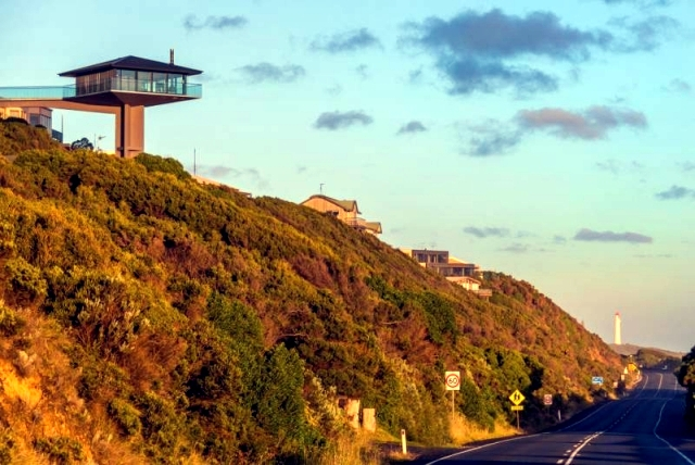 Polo House - a spectacular vacation home on the coast of Australia