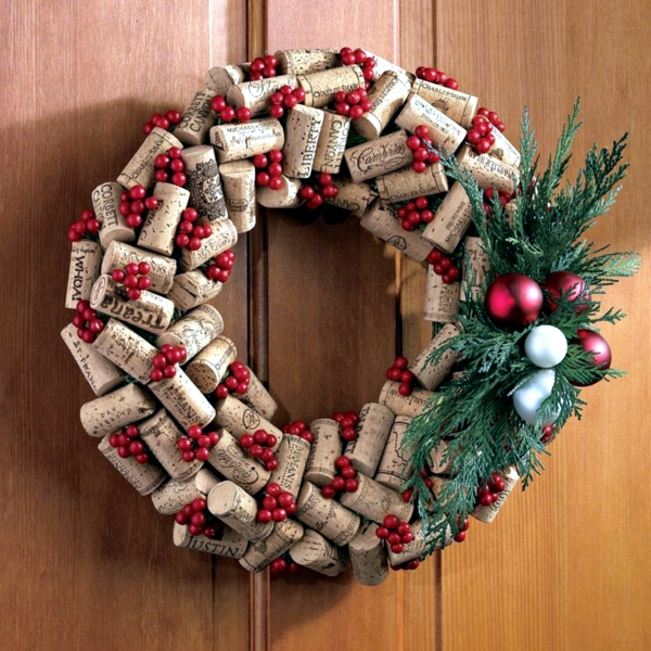 Craft Christmas wreath – 12 ideas with unusual materials