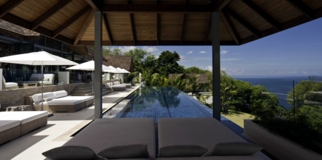 Luxury Villa Chan Grajang Phuket offers spacious accommodation