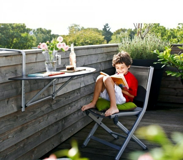 Garden furniture and terrace - saving space and modern design