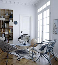 wicker-chairs-in-living-area-designed-0-260