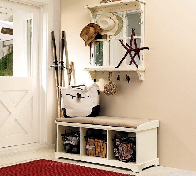 Storage bench in the hallway - 20 ideas for hallway space saving furniture