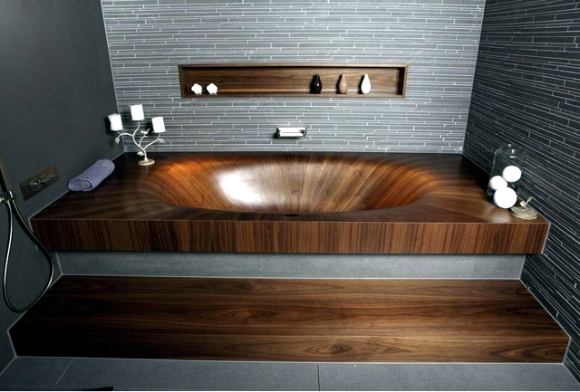 Wooden tub, separate invite you to relax