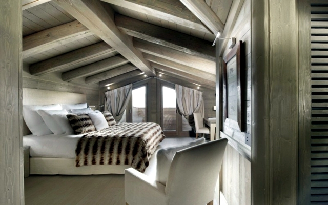 Luxury chalet in the Alps attracts skiers from around the world
