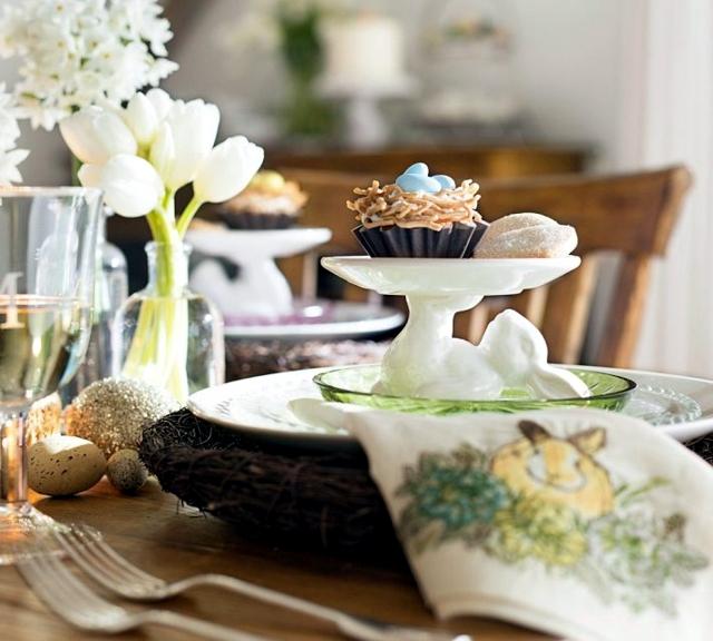 Easter Crafts - mood spring table decoration