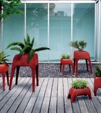 safari-planters-tiersklupturen-strange-look-in-the-garden-0-291