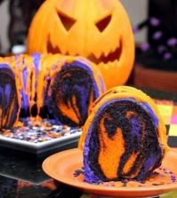 crazy-halloween-cakes-and-decoration-for-your-spooky-party-0-296