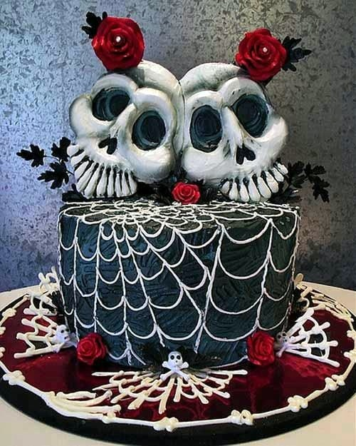 Crazy Halloween cakes and decoration for your spooky party