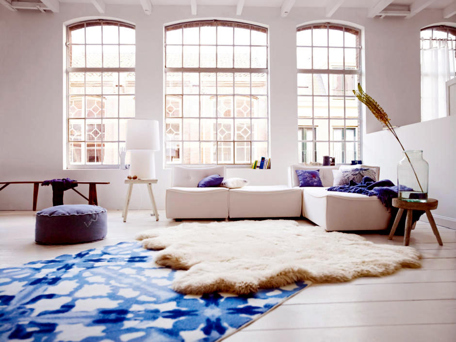 Watercolor colored carpet in a contemporary industrial chic