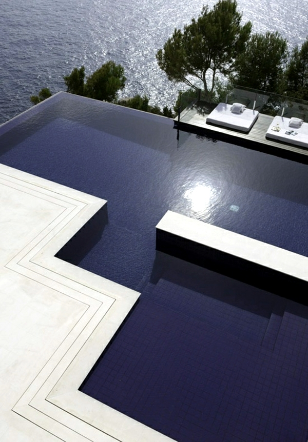 Eco-Friendly Pool Designs - Solar heating and bio-filter