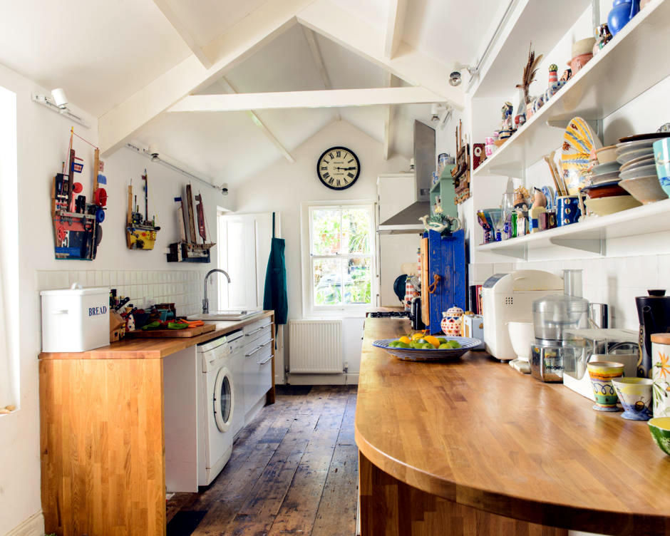 Kitchen With Do It Yourself Characters Interior Design