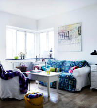 blue-sofa-throw-with-model-0-322