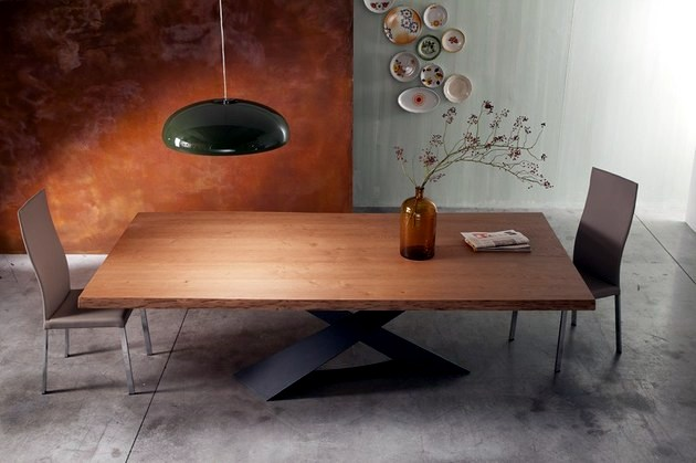 Contemporary wooden table - Table base raw steel
