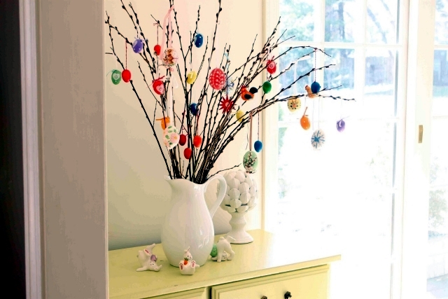 Easter tree interior design ideas ofdesign How to make an easter egg tree