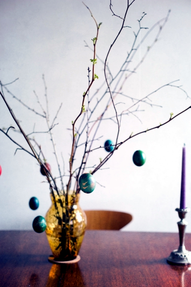 Take a small tree own Easter eggs - 21 decorating ideas for Easter